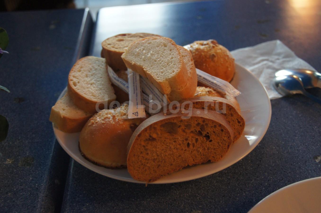 Завтрак в гостинице Ветразь